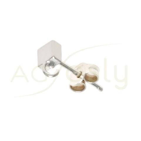 Base pendiente cuadrada con anilla y cierre presión.4mm