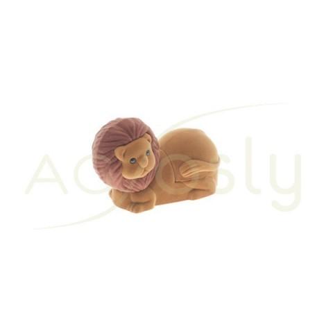 Estuche para anillo, modelo en forma de león de color marrón.