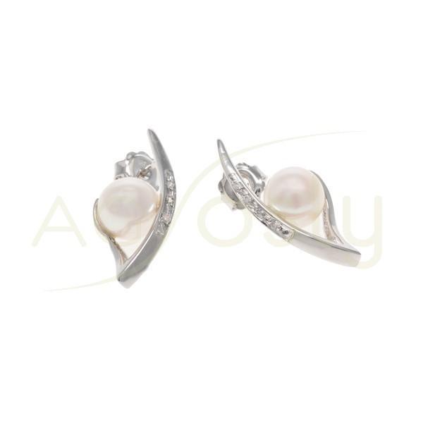 Pendiente de plata con perla y tira de circonitas, cierre de presión.