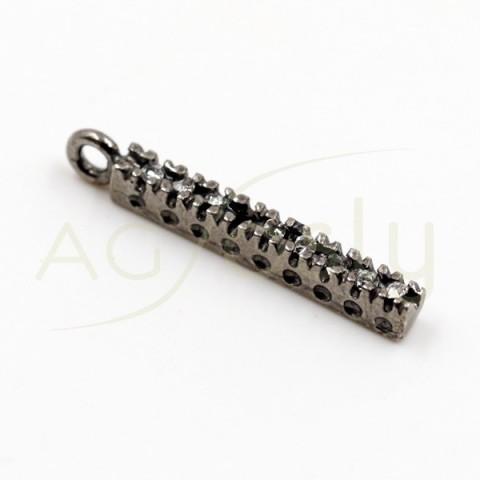 Pieza de montaje en plata con baño de rutenio, barra de pav' en circonitas y dos anillas.15mm