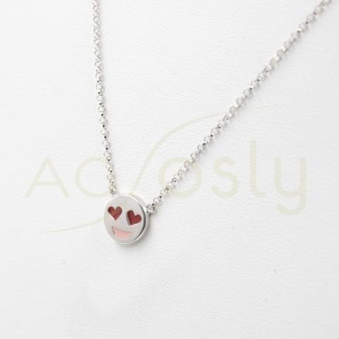 Colgante de plata modelo AG en forma de emoticono enamorado