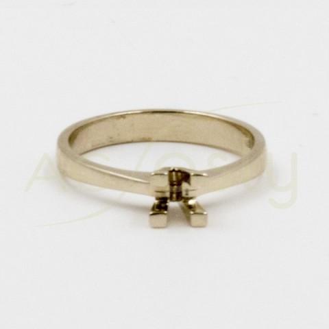 Montura Solitario en oro blanco de 3,60gramos 0,40CT de diámetro de 4,70mm