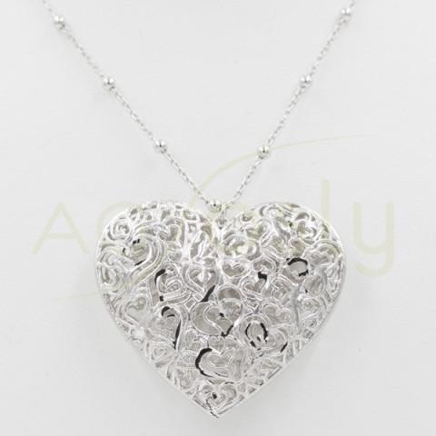 Collar de plata con colgante corazón filigrana
