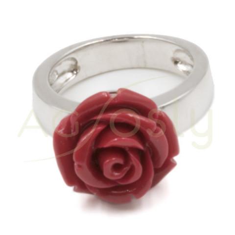 Anillo de plata con rosa roja