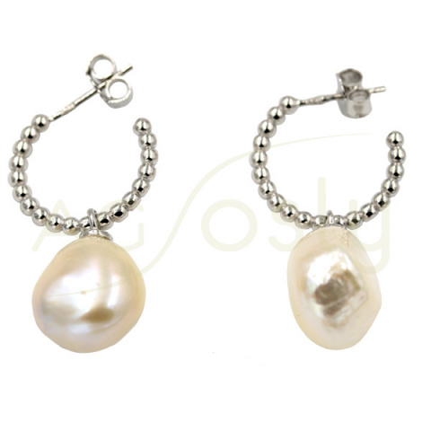 Criolla con hilo de bolas más perlas