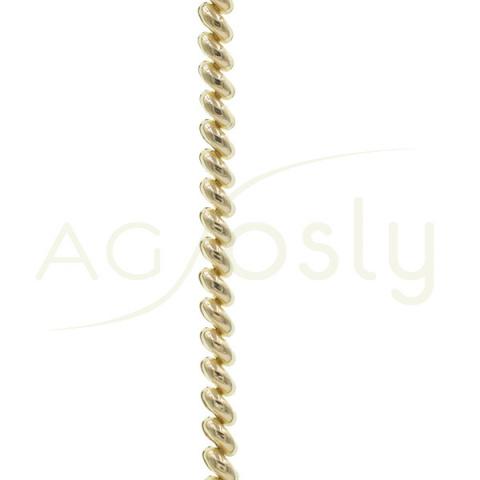 Collar de plata dorada con forma de serpentina